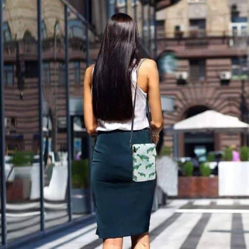 sac en bandoulière bande de tortue vert lifestyle