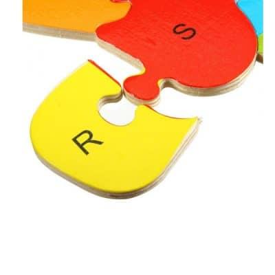 pièce de puzzle jaune et rouge R et S